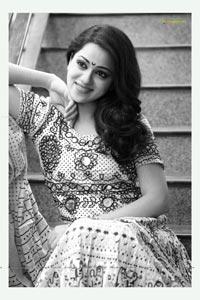 Telugu Heroine Reshma