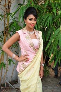 Shriya Saran at Vogue Fashion Show