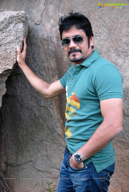 Nagarjuna Greeku Veerudu Interview