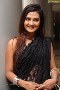 Neha Deshpande Hi Life Exhibition