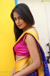 Richa Singh HQ Photos