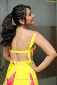 Raashi Khanna in Yellow Dress