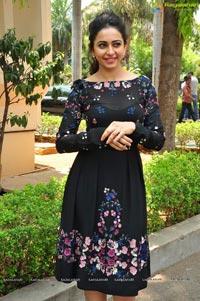 Sarrainodu Rakul Preet Singh