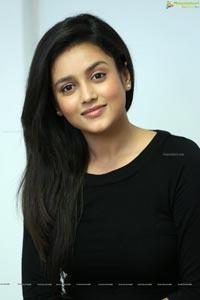 Mishti Chakravarty