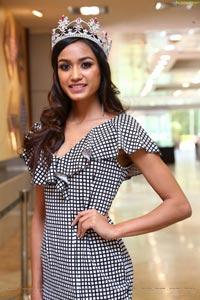 Priyanka Kumari High Definition