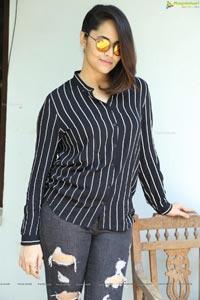 Anasuya Bharadwaj Hi-Resolution Photo Gallery