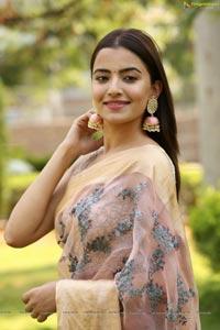 Rukshar Dhillon