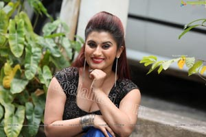 Gunnjan Aras Exclusive HD Photos