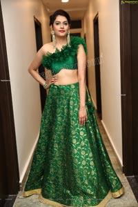 Naina Dabi in Green Designer Lehenga