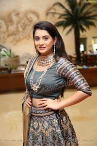 Rashi Singh at Arkayam Fashion Exhibition