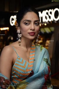 Sobhita Dhulipala at Major Movie Press Meet