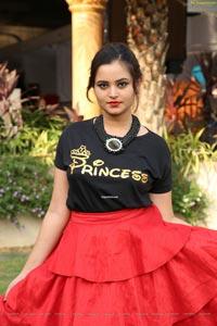 Vaanya Aggarwal at SBK Mega Expo Launch at Mehdipatnam