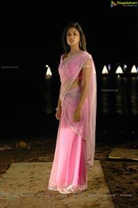 M TV VJ Rhea Chakraborty