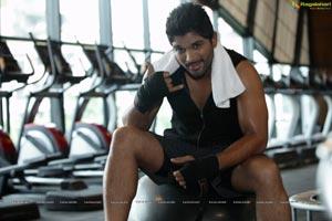 Allu Arjun Lot Mobile Ad Stills