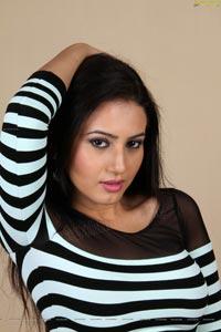 Download Anu Smriti Sarkar HD Wallpapers