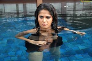 Anushka in Billa Hot