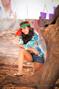 Samantha Anjaan Sikander