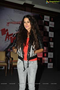 Bollywood Actress Amrit Maghera