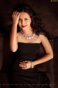 Anandam Heroine Rekha