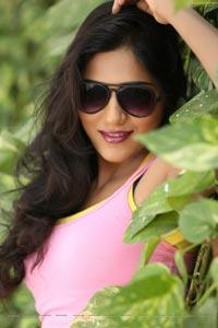 Shalu Chourasiya HD Stills