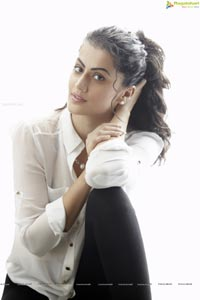 Heroine Taapsee High Resolution Photos