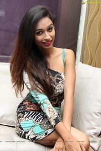 Model Juhi Chavan