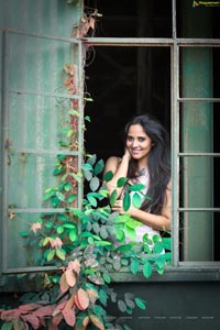 Anchor Anasuya HD Wallpapers