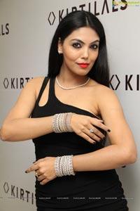 Deepa Devender at Kirtilal's Dazzling Bangle Mela