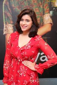 Mannara Chopra @ Breya retail store Launch
