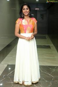 Anchor Jhansi Photos