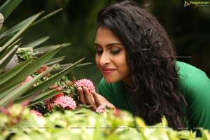 Nitya Naresh Photo Gallery at Reverence Art Showcase