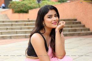 Priyanka Sharma in Saree