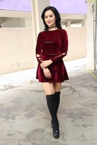 Juliana Nicol at Offline Adda Store Opening