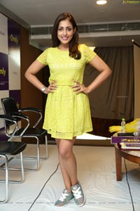 Madhu Shalini at Omly App Launch