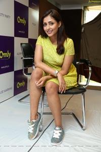 Madhu Shalini at Omly App Launch