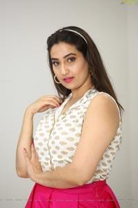Manjusha at Kobbari Matta Pre-Release