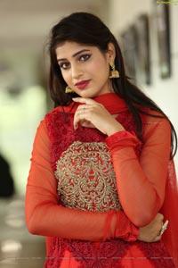 Naziya Khan at Hi-Life Fashion Show