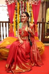 Swetha Jadhav at Tanishq Jewellery