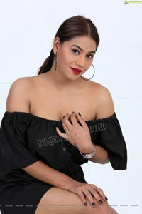 Tanya Desai Exclusive Photo Shoot
