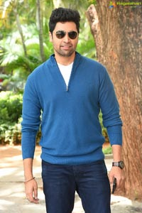 Adivi Sesh at Evaru Movie Press Meet