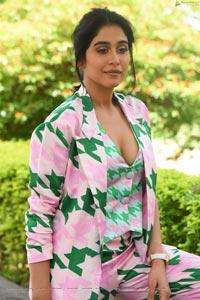 Regina Cassandra at Evaru Movie Press Meet