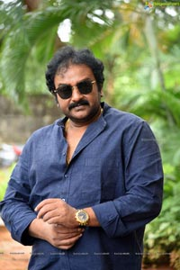 Director VV vinayak at Rakshasudu Press Meet