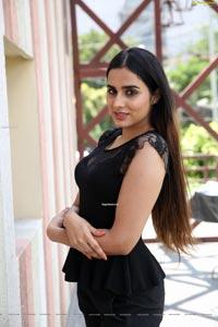 Nikitha Chaturvedi at Creamy Tub Ice Creams Launch