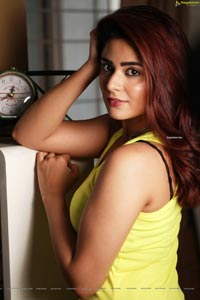 Priyanka Sharma HD Photo Gallery