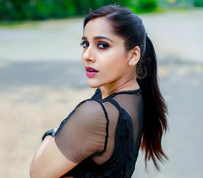 Rashmi Gautam Movies News Photos Age Biography Gautam started his acting career as a shalu's with indian film holi (2002). ragalahari