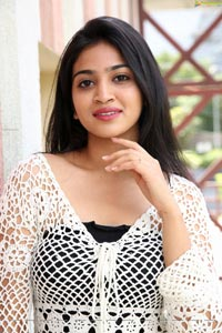 Vakshika Latha at Creamy Tub Ice Creams Launch