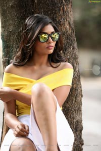 Bhavni Naidu T in Yellow Wrap Crop Top