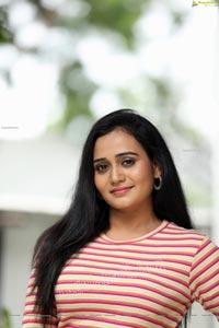 VJ Jaanu in Pink & Cream Striped T Shirt