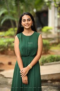 Aneesha Dama at Pellikuturu Party Trailer Launch