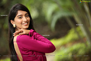 Bhavana Vazhapandal at Pellikuturu Party Trailer Launch